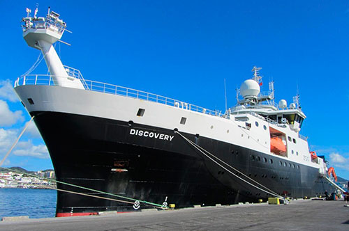 Discovery in port